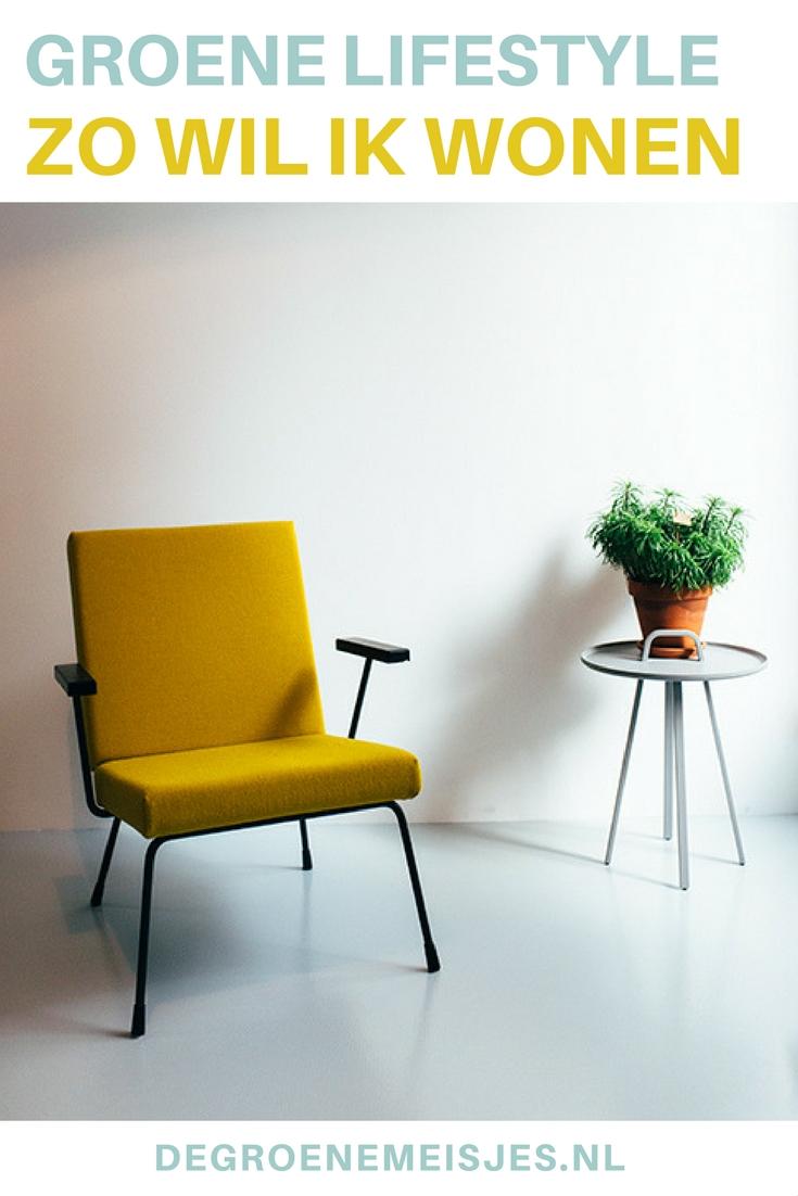 Neem een kijkje in een zelf ontworpen super duurzame woning mídden in Rotterdam. Met zo min mogelijk spullen, natuurlijke materialen, vintage meubelen, zonneboiler, zonnepanelen, goede isolatie en vloerverwarming. Bekijk alle foto's en lees het verhaal van Gwendolyn en Marijn op de blog.