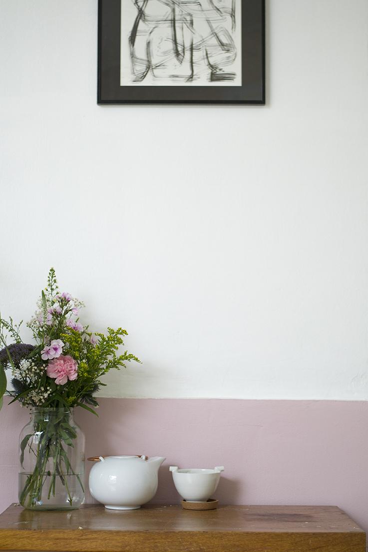 Oud kastje en roze crop
