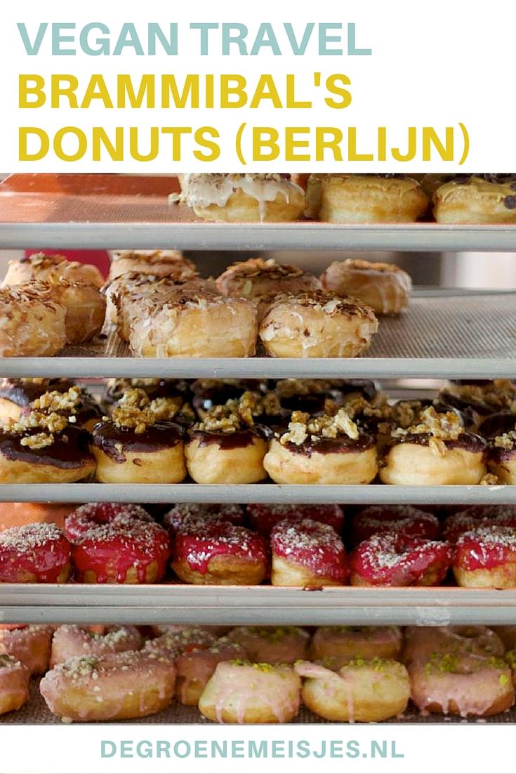 Groene hotspot: Brammibal's Donuts in Berlijn. Toffe mensen, goede sfeer, álles is vegan, leuk interieur, heel lekkere vegan donuts, veel keuze, ook bagels, koffie en sapjes en: een prachtige locatie aan de Maybachufer.