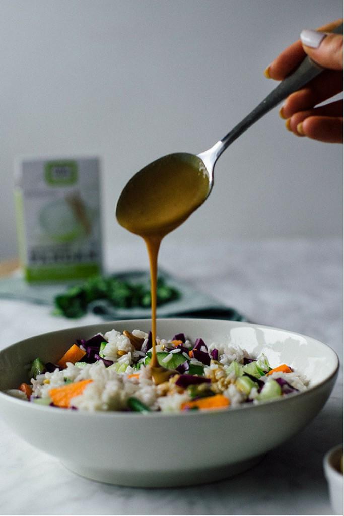 kokosrijst met groenten en pindasaus | vegan