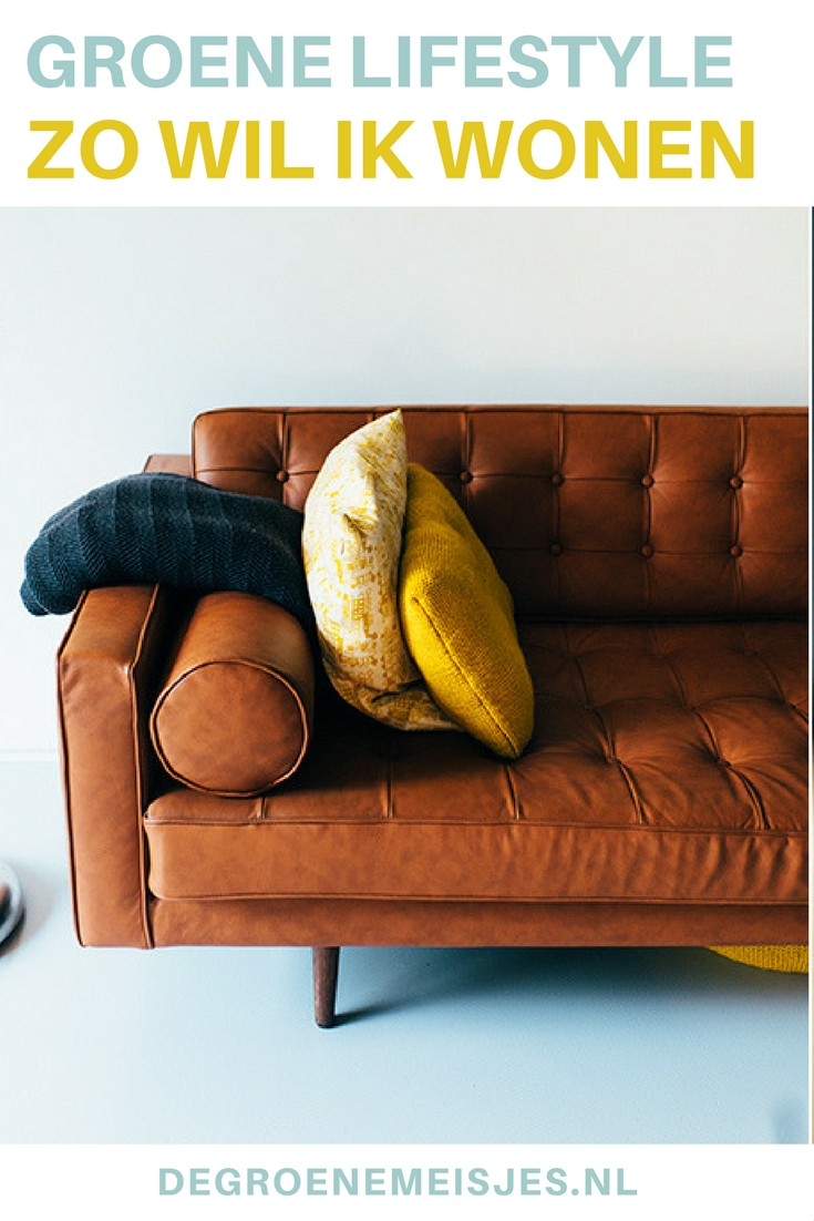 Neem een kijkje in een zelf ontworpen super duurzame woning míddenin Rotterdam. Met zo min mogelijk spullen, natuurlijke materialen, vintage meubelen, zonneboiler, zonnepanelen, goede isolatie en vloerverwarming. Bekijk alle foto's en lees hun verhaal op de blog.