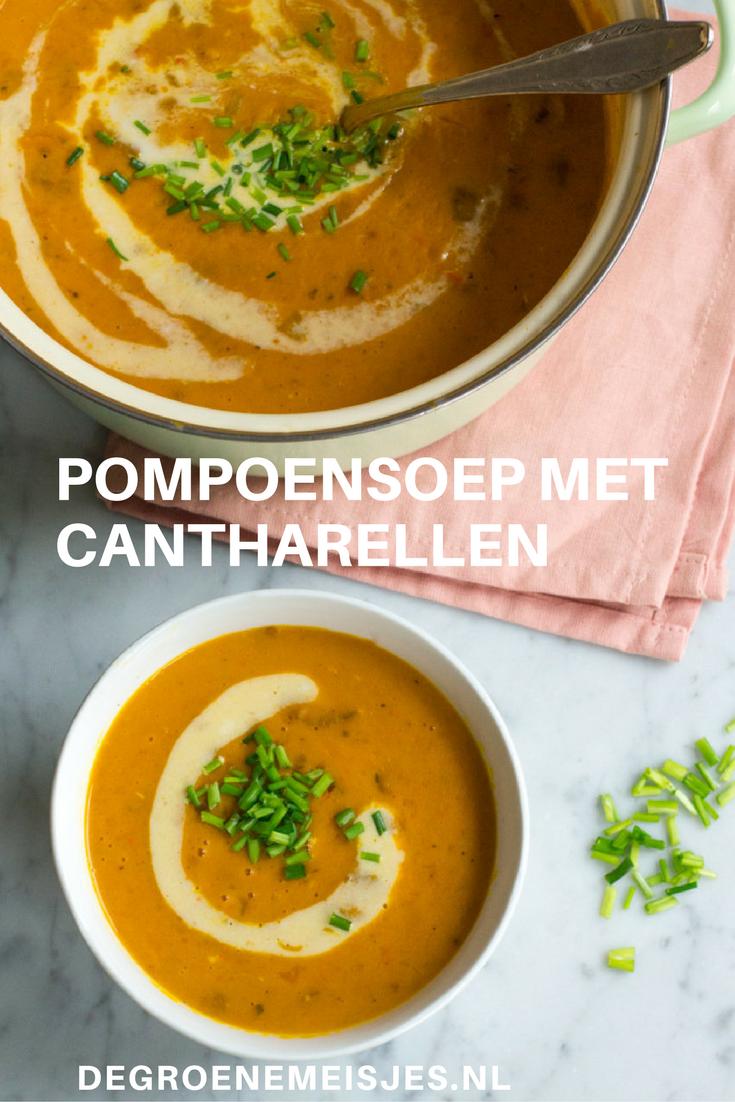 recept voor gevulde en romige pompoensoep met cantharellen #pompoen #soep