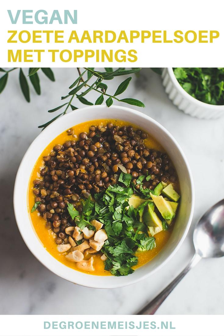 Maak deze romige soep van zoete aardappel, kokosmelk en gember met toppings. Wij voegden linzen, cashewnoten, avocado en koriander toe. En dat smaakte net zo lekker als het klinkt. Lees het recept op de blog.
