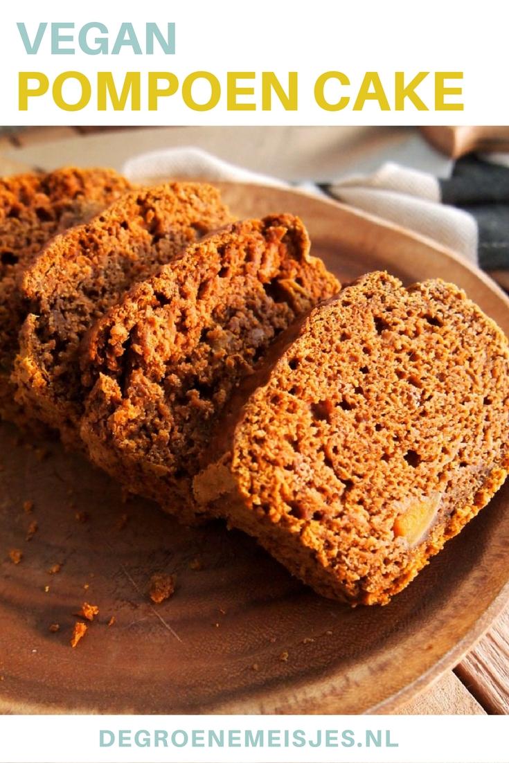 Een ongelofelijk lekkere kruidcake met pompoen. In dit vegan recept gebruik ik o.a. flespompoen, speltbloem, kokossuiker, amandelmelk, kokosolie, speculaaskruiden en vanille. Lees het hele recept op de blog.
