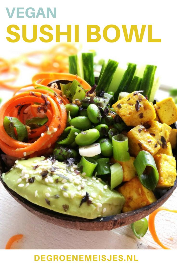 vegan sushi bowl, met heel veel lekkere groenten, zeewier én tofu. Makkelijk en gezond recept. Zeewier is de groente van de toekomst. Het eten van zeewier biedt veganisten en/of vegetariërs ee nmakkelijke manier om goede voedingsstoffen binnen te krijgen zoals omega 3 en proteïne in. Maak dit lekkere vegan recept. #vegan #sushibowl #tofu #zeewier